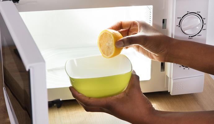 microondas limón