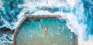 Piscina no oceano