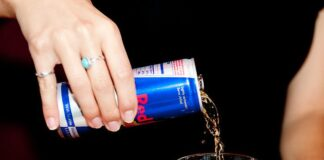 make-a-Red-Bull-and-Vodka